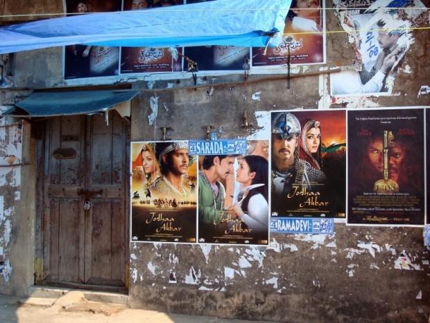 bollywood-posters-poster-bollywood-india-movies.jpg